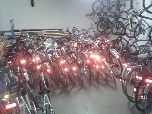 gespendete Fahrräder im Keller der Ernst-Reuter-Schule