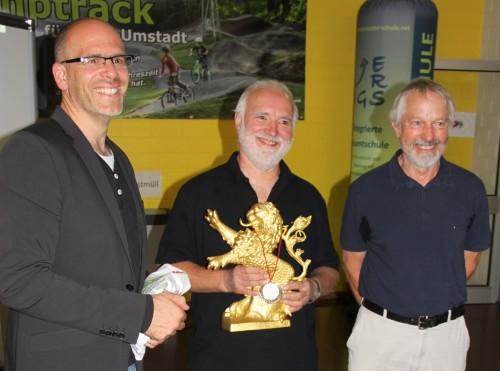 (v. links nach rechts) Friedbert Metz, Horst Sauerwein, Dr. Klaus Dummel